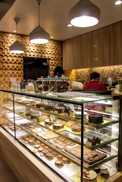 The Boston Cupcakery Mumbai Desserts Waffles Masterchef