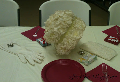 white gloves centerpieces