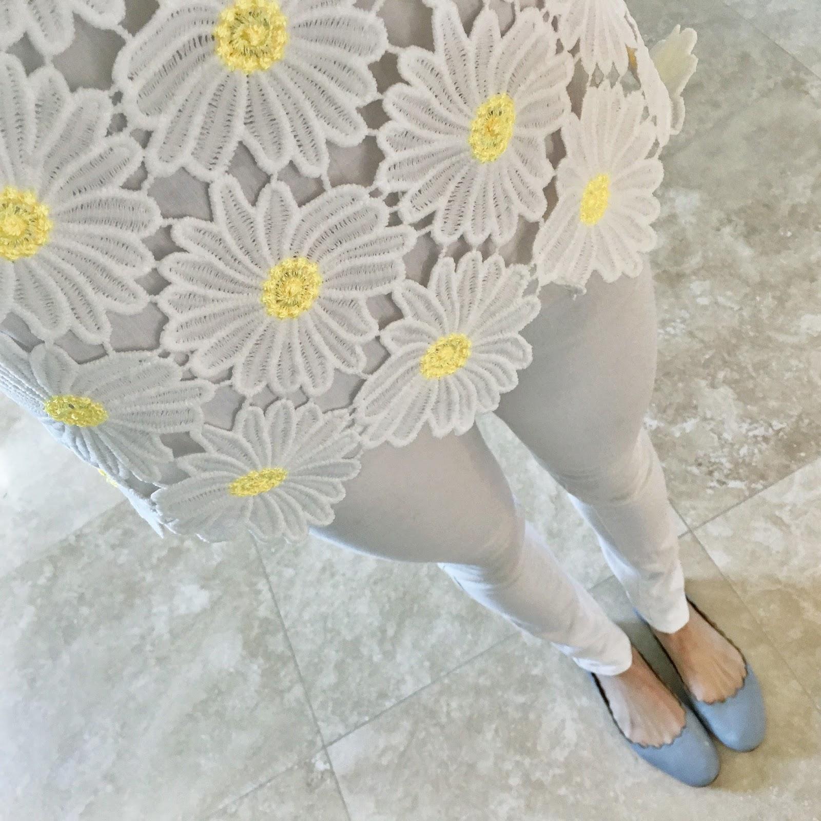 daisy top