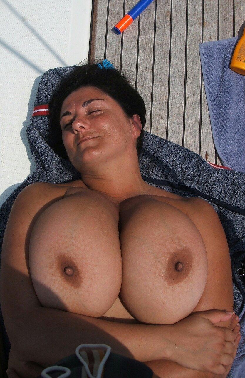Jewish girl big boobs tits topic