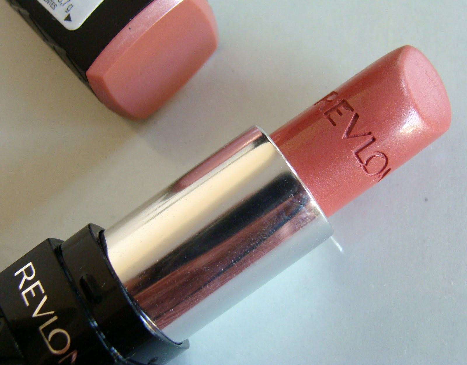 Revlon Colorburst Lipstick in Blush : Swatch ,Review