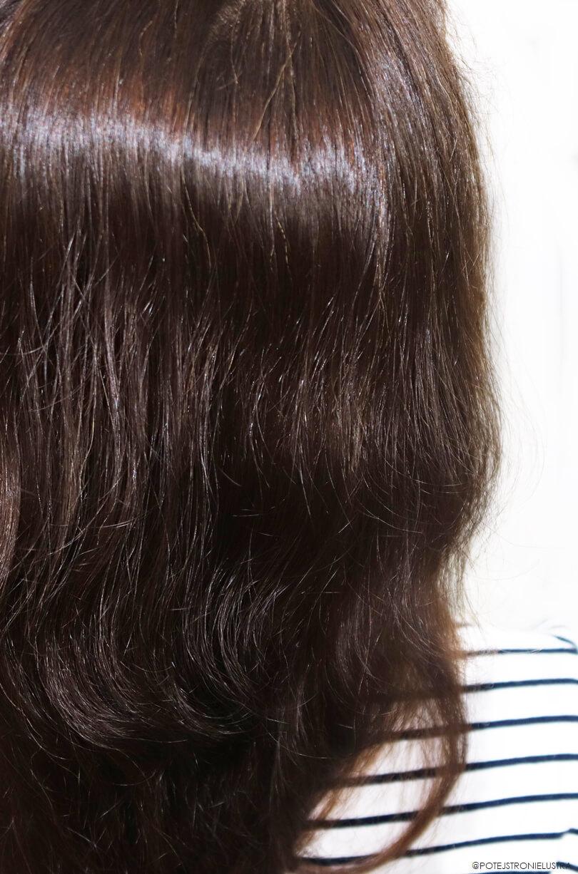 henna khadi orzechowy brąz efekt na włosach
