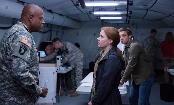 Review: ARRIVAL (2016)