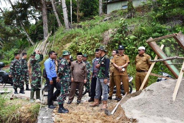 Bupati Ali Mukhni Kunjungi Lokasi Sasaran TMMD di Korong Gumali Bukit Jaring Kuranji Hilir
