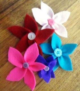 Trick Cepat Membuat Bunga dari Flanel dalam Beberapa Menit
