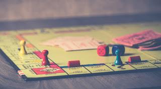 La poursuite: un jeu?