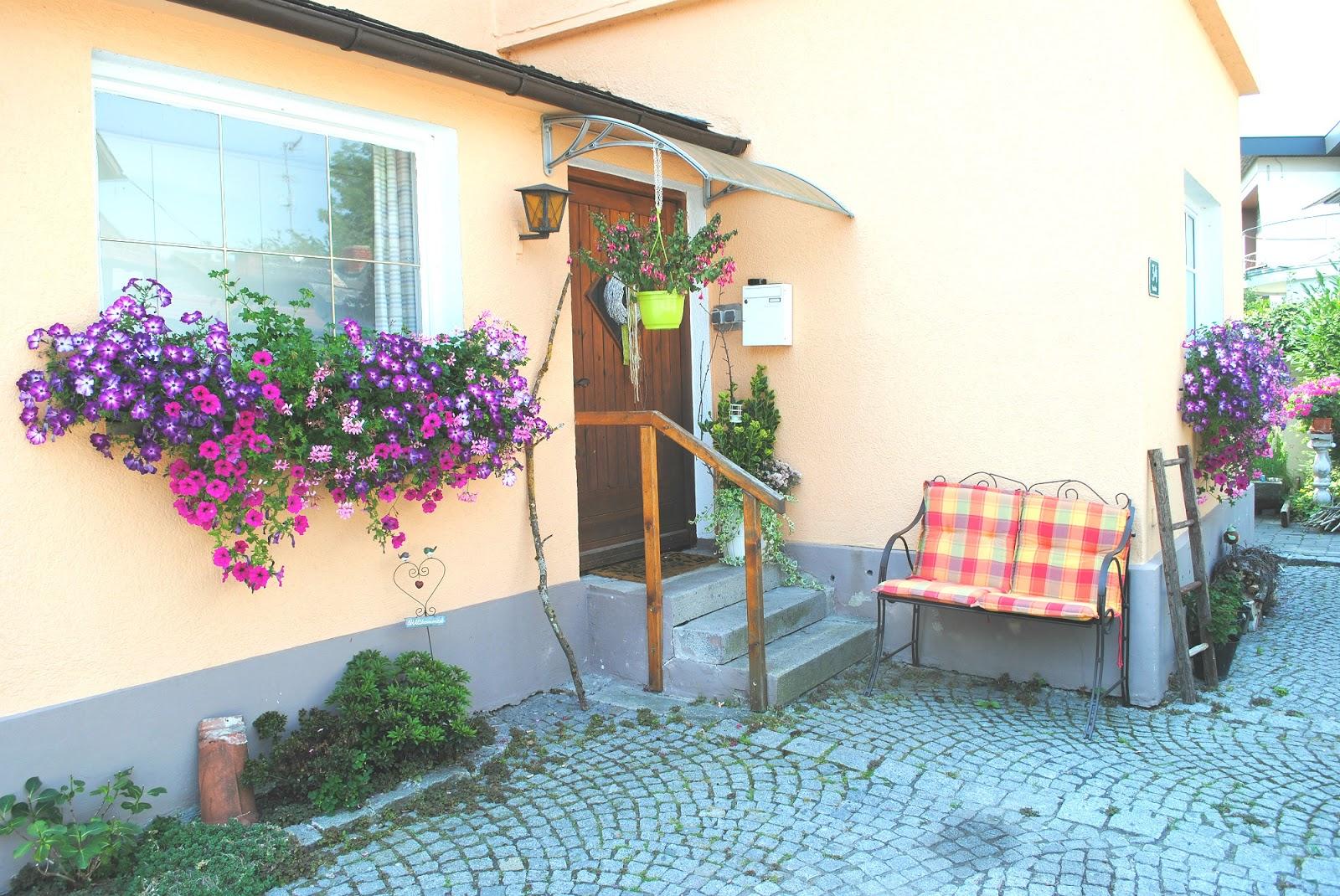 let und lini upcycling m bel f r die terrasse. Black Bedroom Furniture Sets. Home Design Ideas