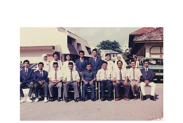 Editor Optimist MHS 1992 ( Malacca High School)