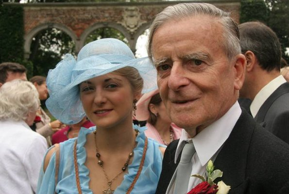 Count Philippe de Lannoy, father of Hereditary Grand Duchess Stephanie of Luxembourg, has passed away. Princess Stéphanie, Prince Guillaume