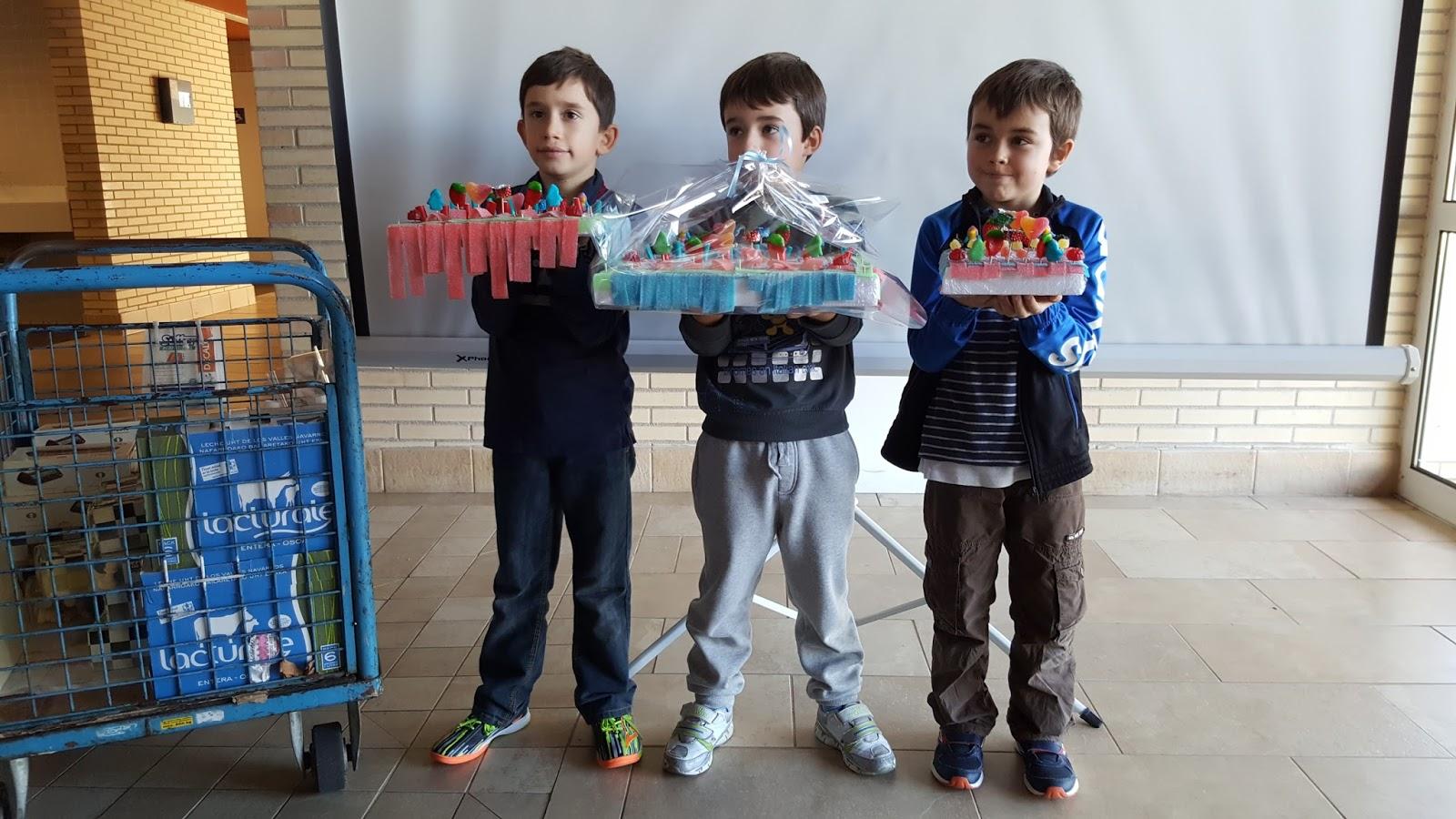 Secci n de ajedrez oberena comienza el circuito escolar for Piscinas de ansoain