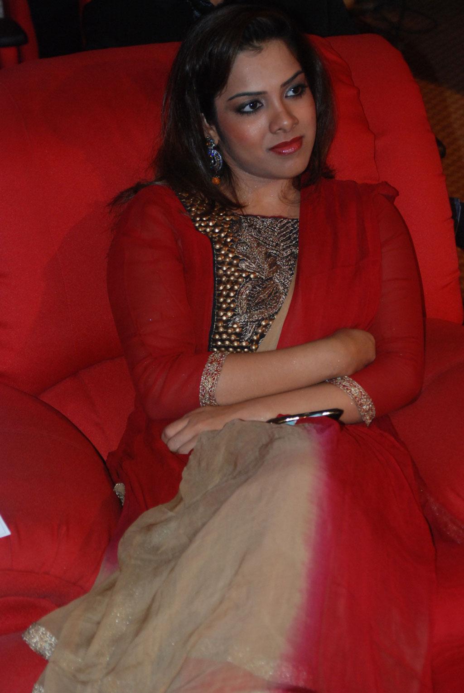 Hot Indian Actress Gallery Big Salute To Tamil Women -9774