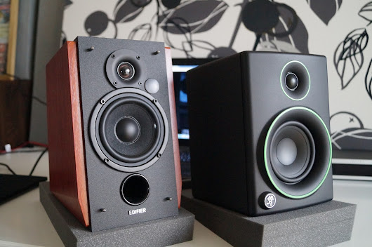 Mackie CR4 or Edifier R1700BT - Budget speakers comparison