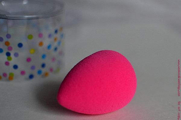 weekend ramblings the beautyblender sponge review. Black Bedroom Furniture Sets. Home Design Ideas