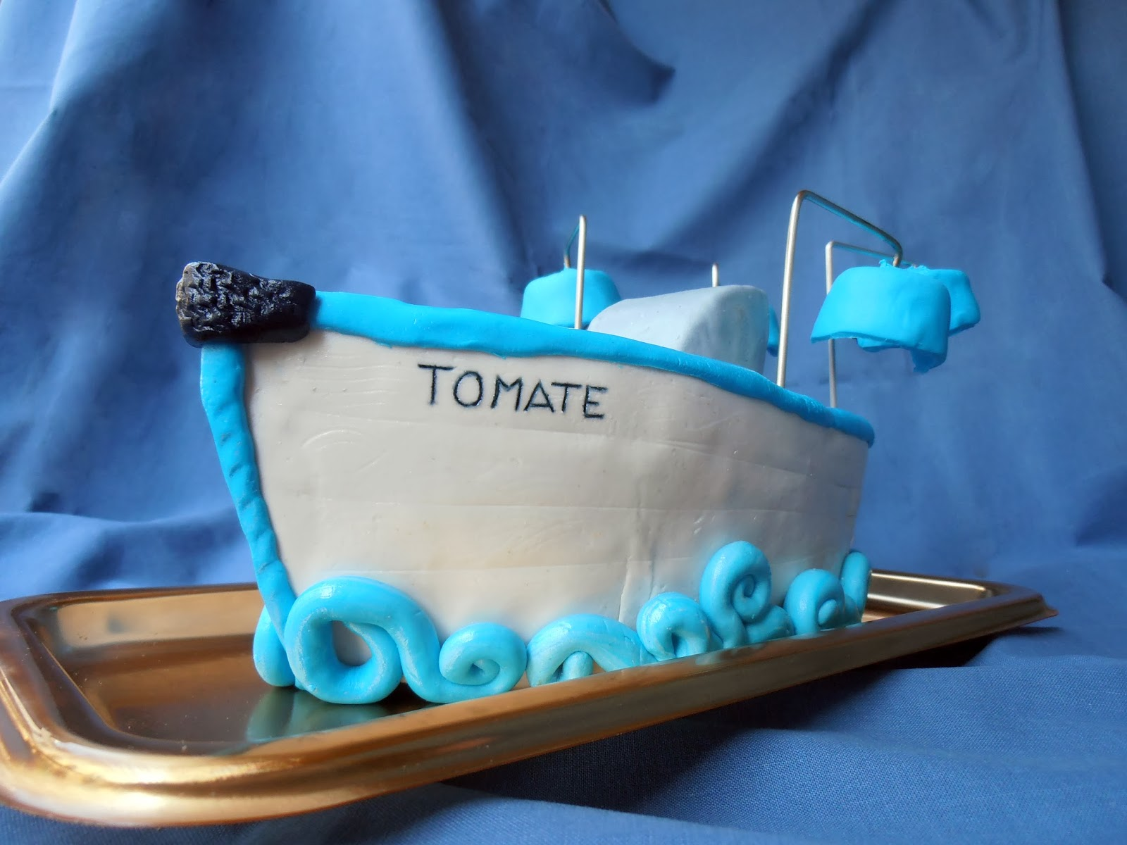 "Tarta barco llamado ""Tomate"""