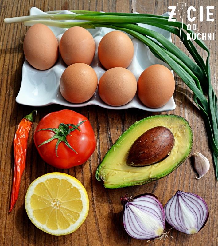 jak zrobic jajka faszerowane, jajka faszerowane, wielkanoc, przepisy z jajem, przepisy na wielkanoc, wielkanocne sniadanie, zycie od kuchni