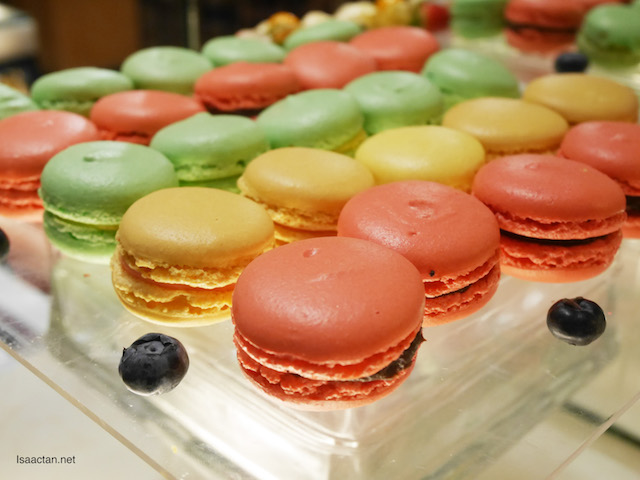 They even have macaroons
