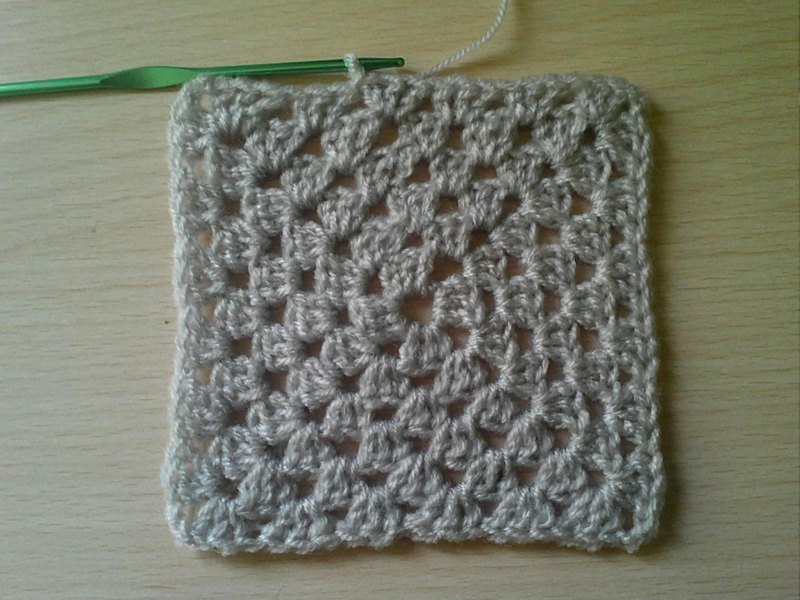 9fdeb3ec02e64 طريقة عمل مربع الجراني Crochet granny square « Crochet Samsoma