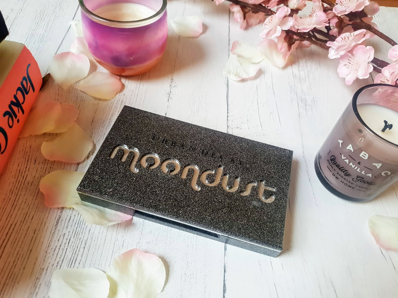 Urban Decay Moondust eyeshadow palette review