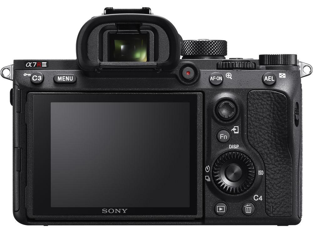 Sony A7R III, вид сзади
