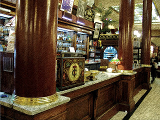 Antiga Decoração é Conservada no Balcão do Café Tortoni, em Buenos Aires