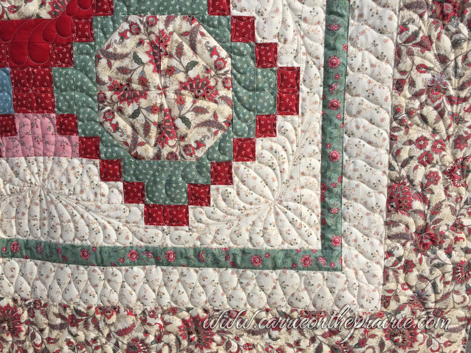 Carrie on the prairie donna 39 s trellis garden quilt for Garden trellis designs quilt patterns
