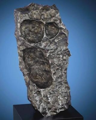 Lelang Meteorit Raksasa Bertabur Permata Seharga 6.39 Milyar