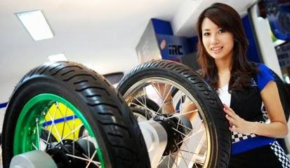 Brosur Daftar Harga Ban Motor Tubeless Terbaru 2015