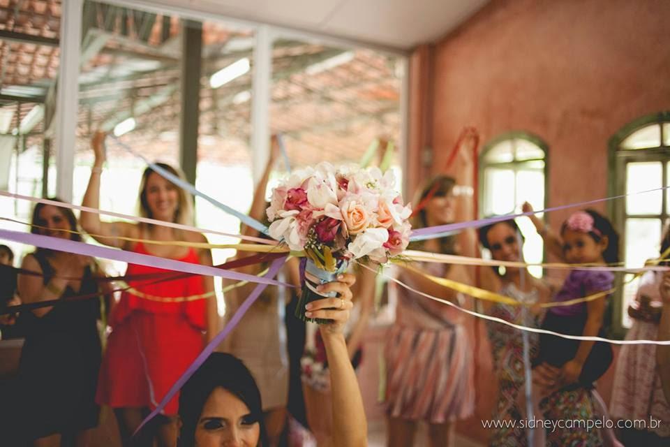 romantico-festa-bouquet-fitas-solteiras-1