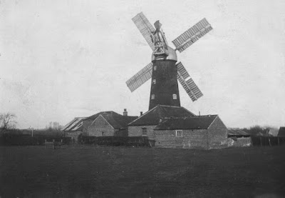The windmill on Mill Lane, Brigg, circa 1920s when it still had sails - see Nigel Fisher's Brigg Blog