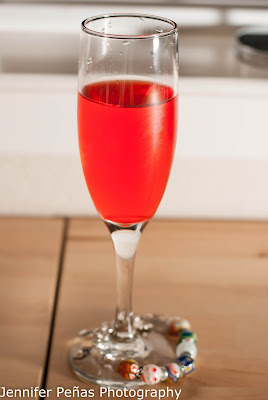 champagne, grenadine, peach schnapps, blushing bride cocktail, new years cocktail, new years eve cocktail
