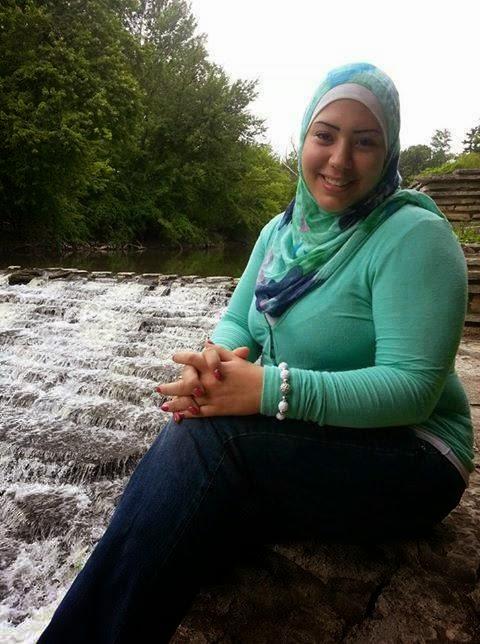 Tante Jilbab Arab Hot  Insyaf-1023