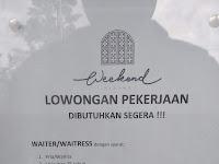 LOWONGAN PEKERJAAN WAITER / WAITRESS CAFE PADANG || CEK DISINI.....