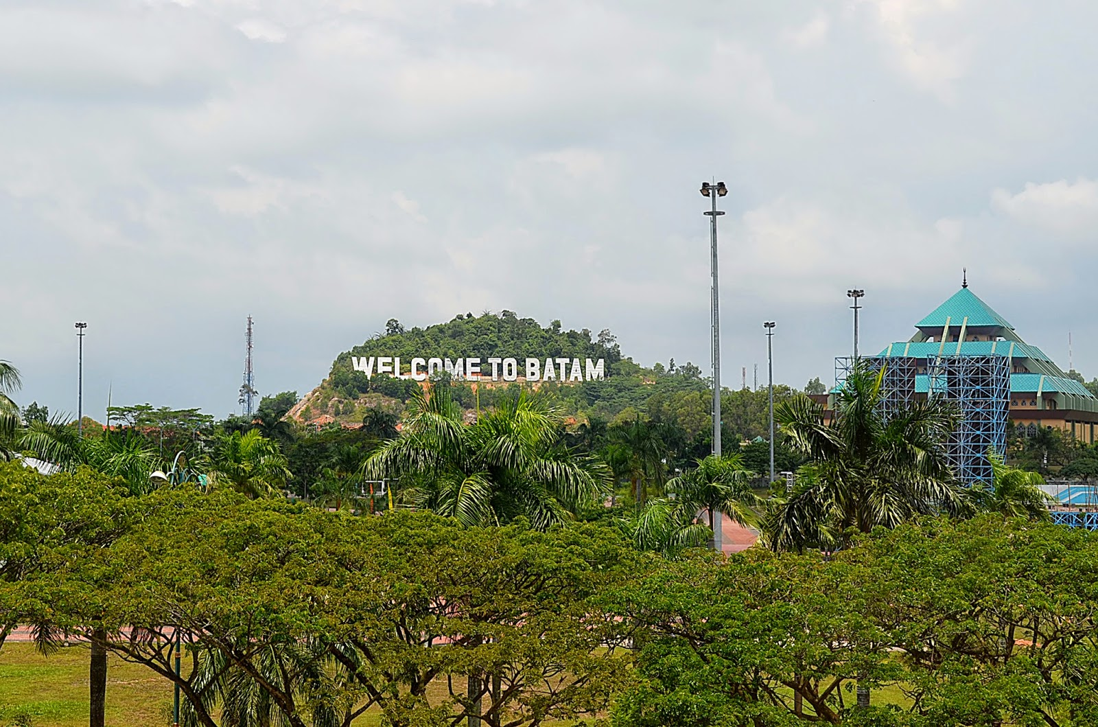Dating batam island indonesia