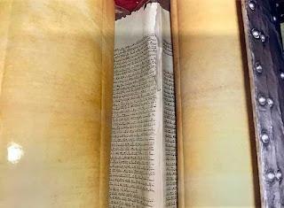 modi-netanyahu-historical-relics-gifts