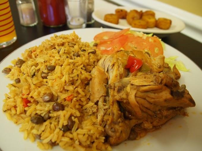 Pollo guisado con arroz