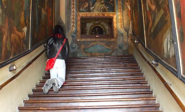 Informações sobre o Santuario della Scala Santa em Roma