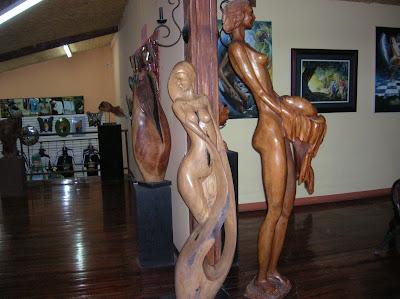 Artesanía Woods Art Gallery, Santa Elena, Costa Rica, vuelta al mundo, round the world, La vuelta al mundo de Asun y Ricardo, mundoporlibre.com