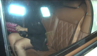 Sonakshi Sinha Oops Moment  Caught In Car At Fardeen Khan Party 5.jpg