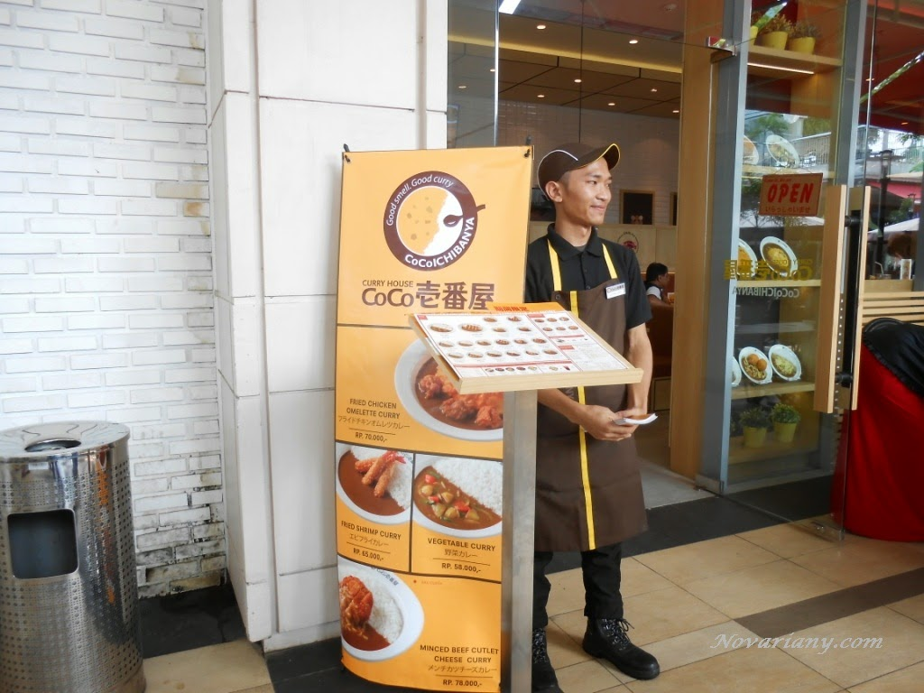 pintu masuk resto coco ichibanya di summarecon mall bekasi
