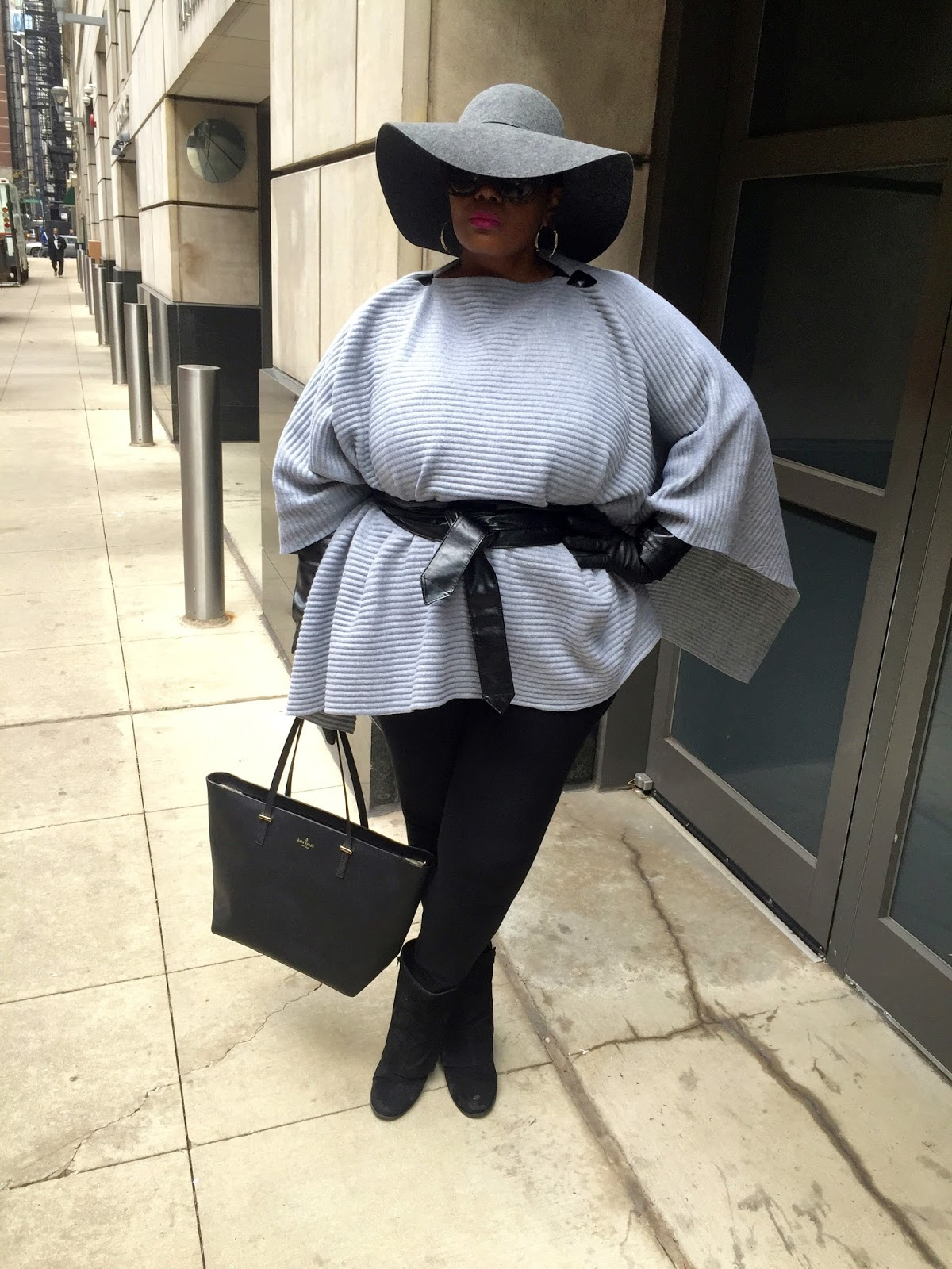 Chicago Plus Size Blogger Grey Cynthia Rowley Poncho Felt Hat Suede Booties Kate Spade Tote