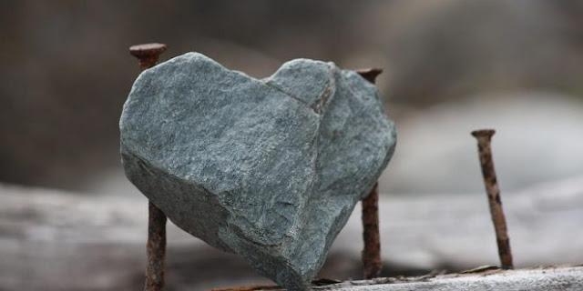 Jangan Biarkan Hatimu Mengeras Seperti Batu Karena Menjauhi Al-Quran