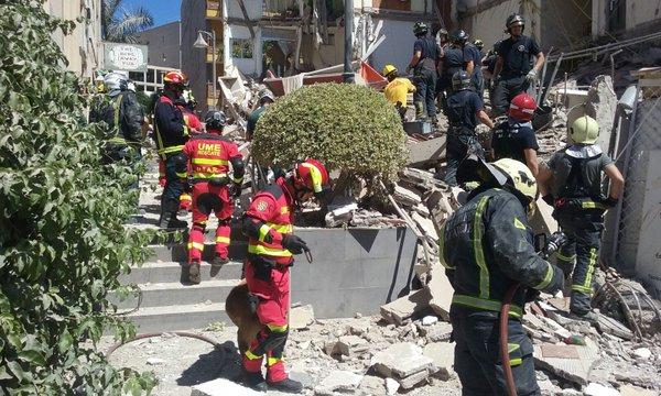 Fuerte explosión y derrumbe de edificio Arona, Los Cristianos, tenerife