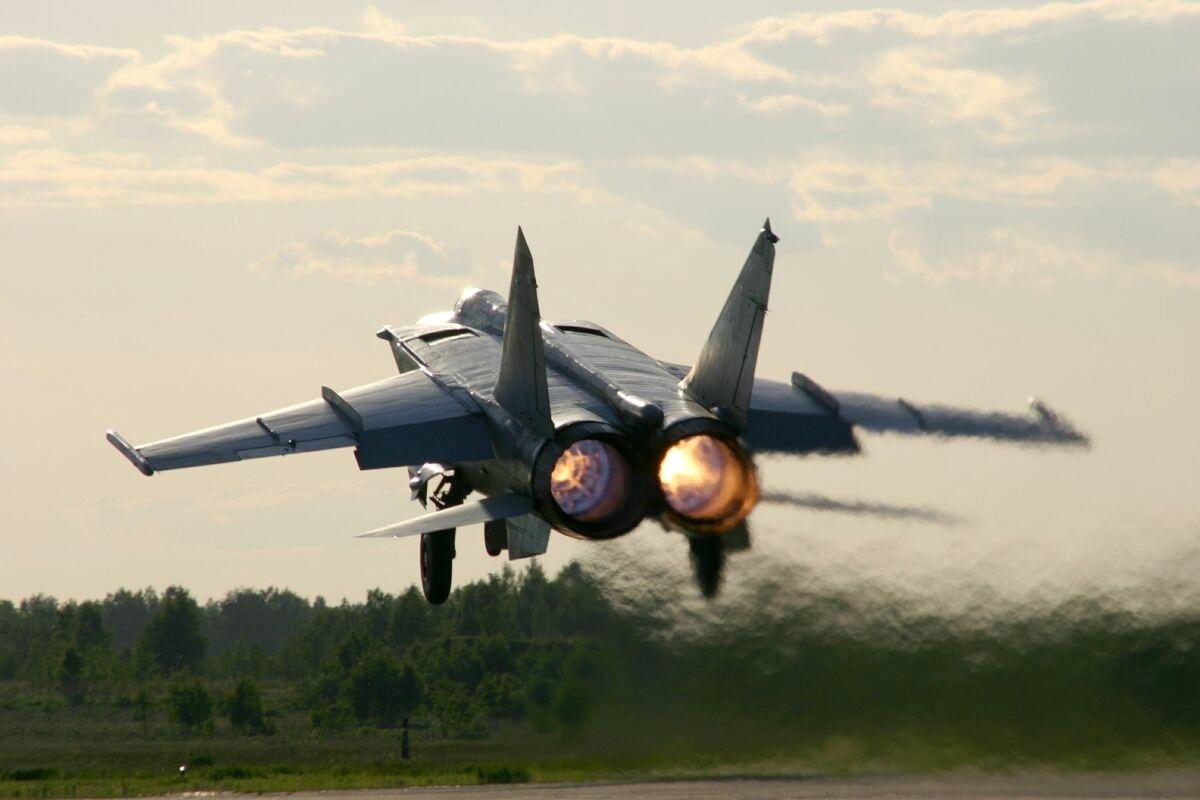 Mikoyan Gurevich Mig 31 The Foxhound While Afterburner Aircraft