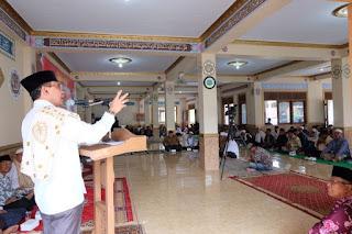 <b>Silaturrahim di Ponpes Azzahro Lotim, Ahyar Abduh Paparkan Visi NTB Untuk Semua</b>