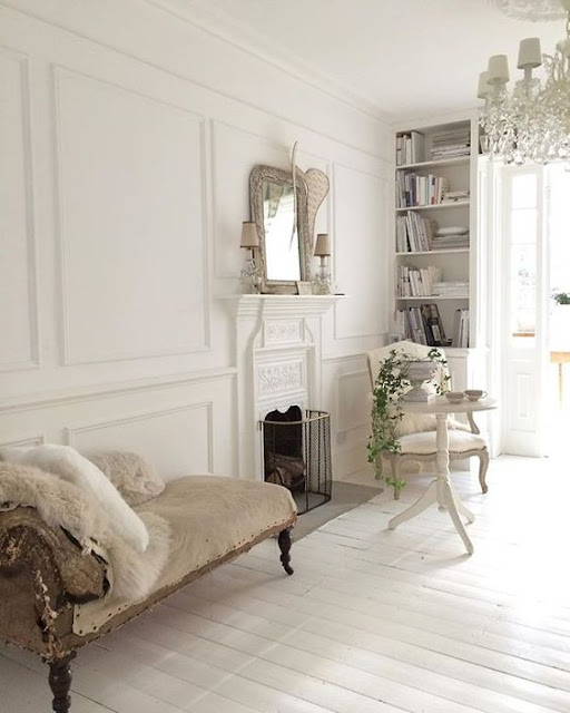 Antique French sofa by @white_and_faded Instagram - Cool Chic Style Fashion