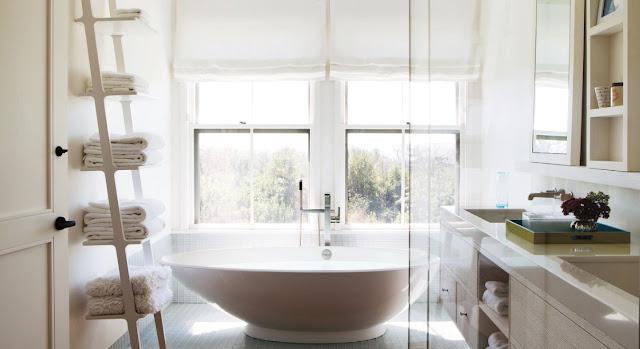 menata kamar mandi kecil
