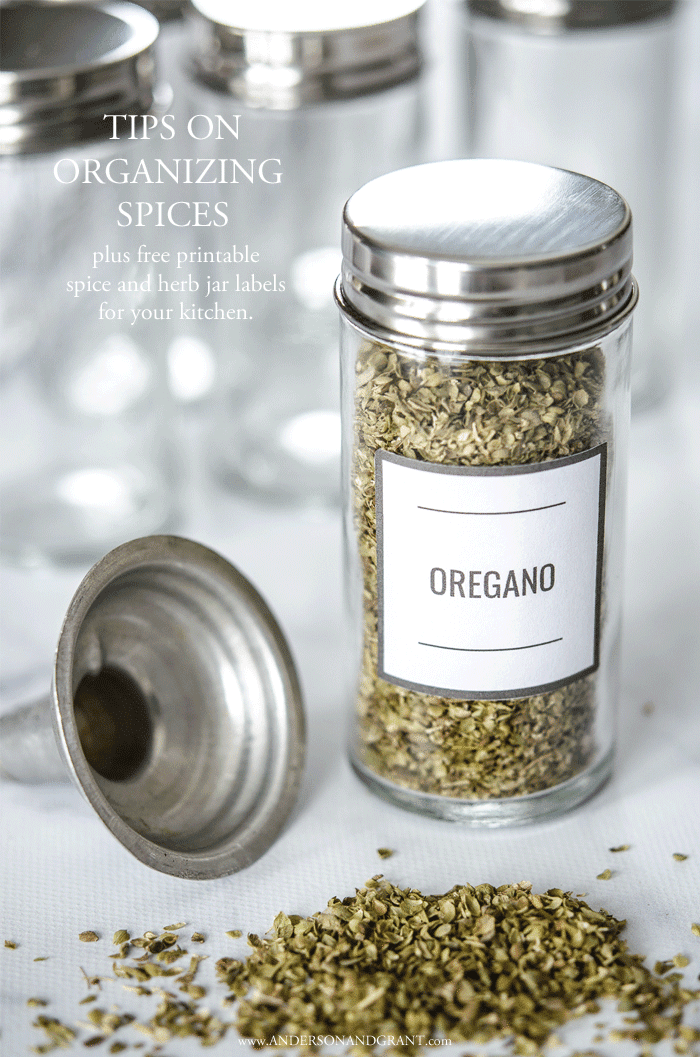 Tips on organizing spices plus free printable labels #freeprintable #organizing #kitchenorganizing #andersonandgrant