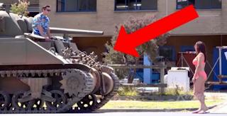 Στην αρχή τον απέρριψε μόλις όμως είδε το tank του άλλαξε γνώμη – Η τιμωρία της; Κάτι που δεν θα ξεχάσει ποτέ!