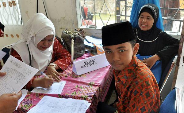 Mengenal Emil Penyandang Disabilitas Hafiz 4 Juzz Alquran