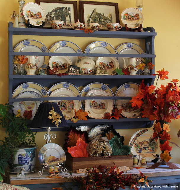 Fall Vignettes-Bargain Decorating with Laurie